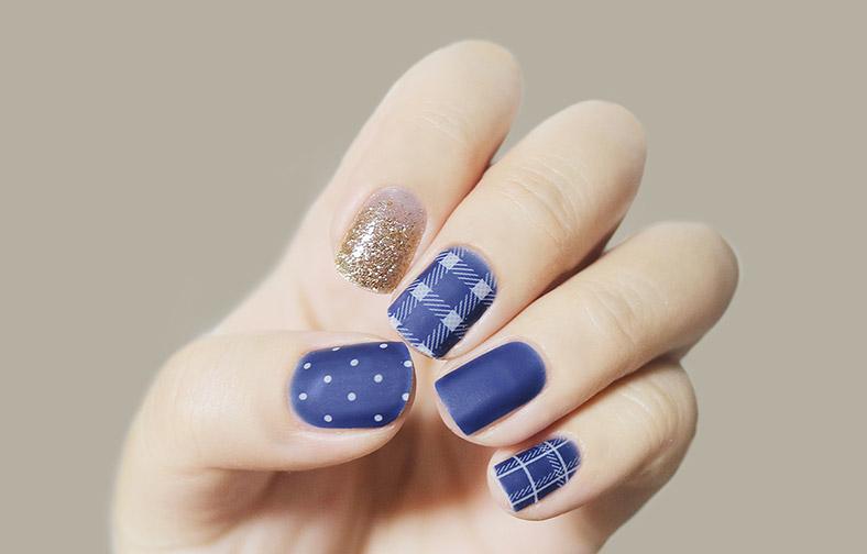 이니스프리-글로스 젤네일 스트립-2호 패턴 인 블루