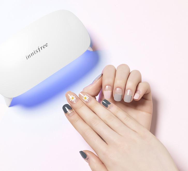 Innisfree UV/LED GEL NAIL LAMP - 再手残也不怕了!你我也可以是美甲师!美美的指甲彩绘没难度轻轻松松就完成了!