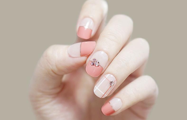 이니스프리-매직프레스-63호 딸기맛 캔디