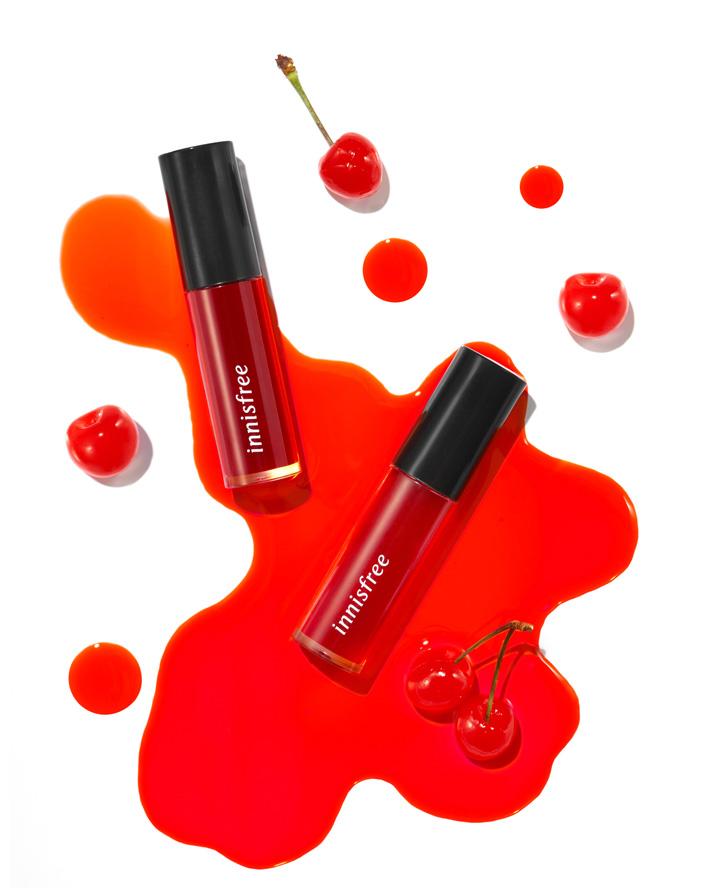 이니스프리-비비드 젤리 틴트-입술에 과일 물든 듯 생기 있는 컬러감을 오래도록 유지시켜주는 틴트