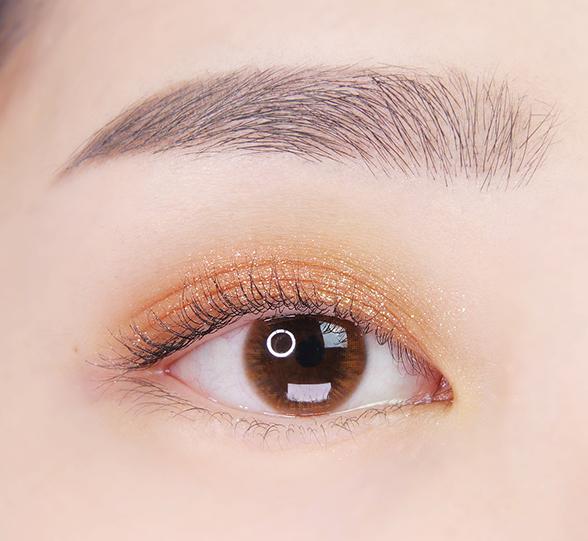 이니스프리-마이 컬러 팔레트-눈 발색컷 비포 선셋 6호 모닝글로우