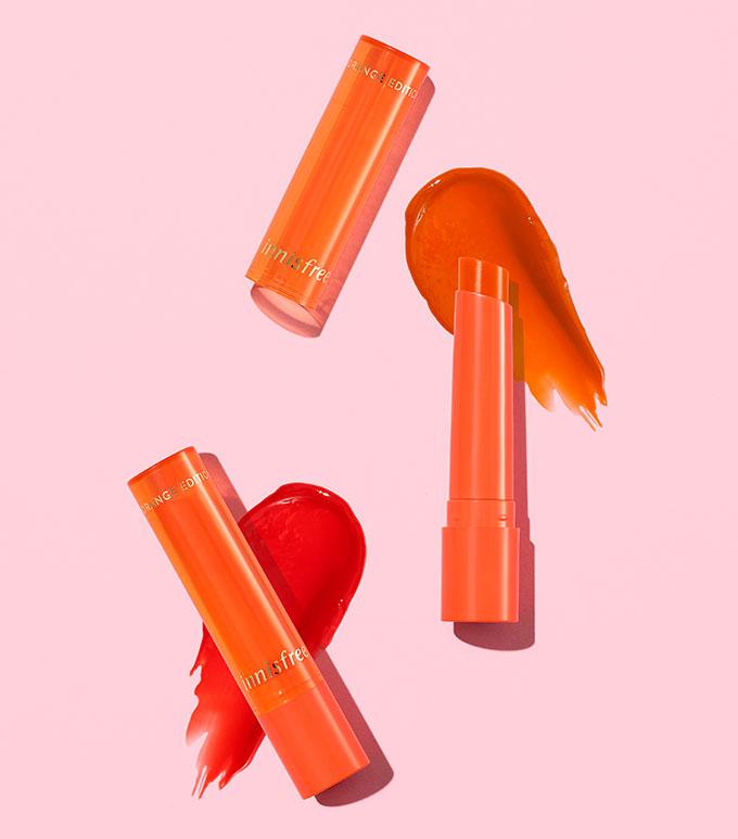 이니스프리-쥬시 멜팅 립 바-입술에 닿는순간 부드럽게 멜팅되어 오래도록 탱글캔디립으로 표현해주는 립 바
