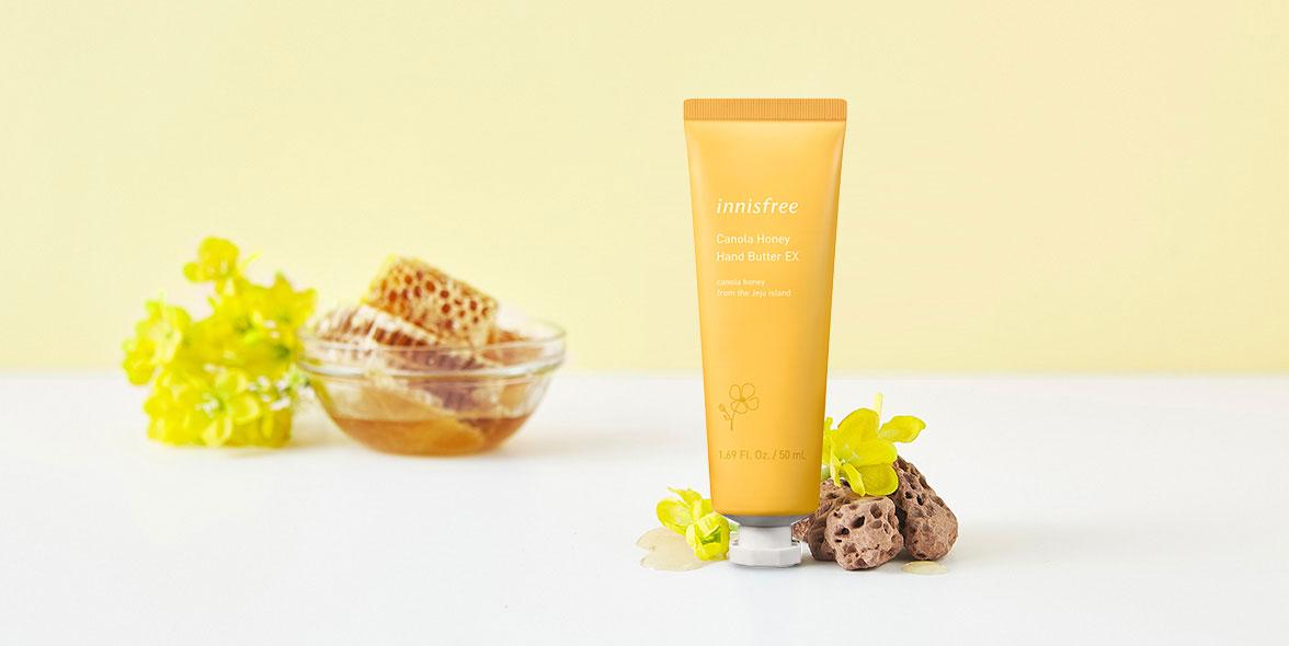 이니스프리-유채꿀 핸드 버터-제주 유채꿀의 찰진 영양이 피부 위에서 촉촉한 보습막을 형성하여 촉촉한 손 피부로 가꾸어주는 고보습, 고영양 핸드 버터