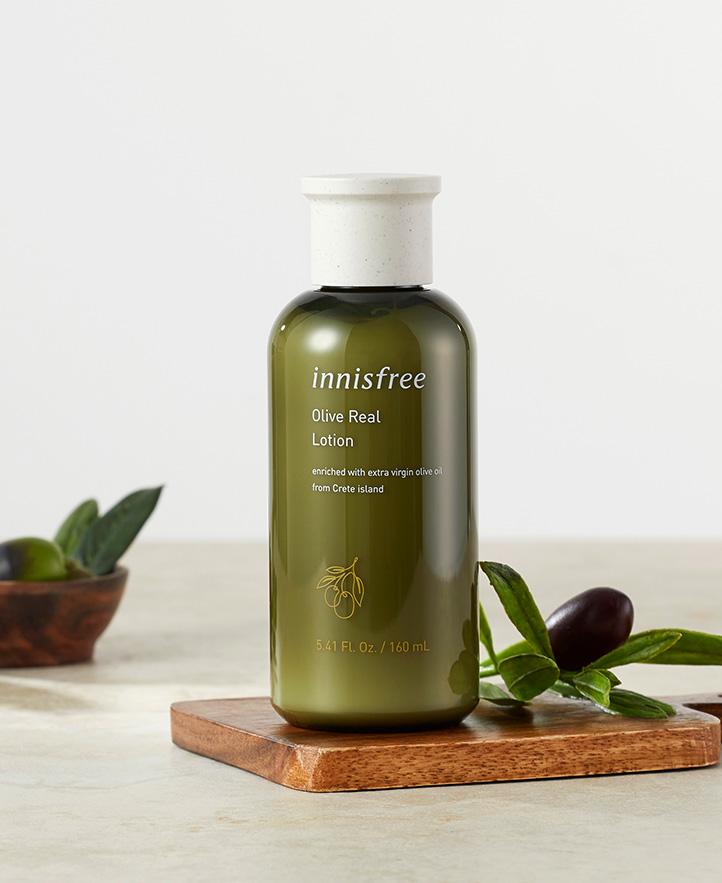 이니스프리 - 올리브 리얼 로션 160mL - olive power activator(트코페롤, 비타민E, 올레인산)가 건조한 피부에 강력한 보습 효과를 선사해 피부 유연성을 높이고 촉촉한 보습막을 만들어주는 고보습 로션
