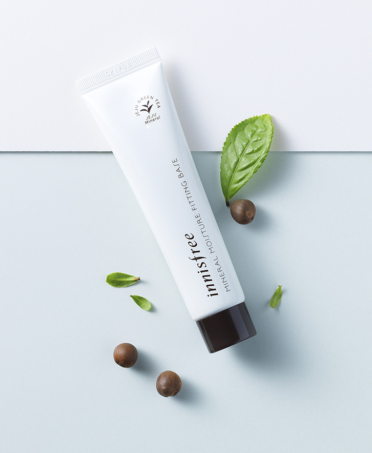 Innisfree - Mineral moisture fitting base