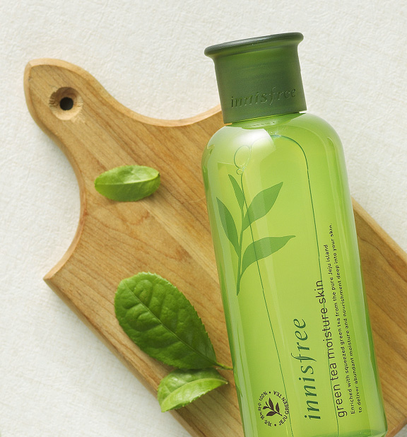 Innisfree - The Green Tea Moisture Skin