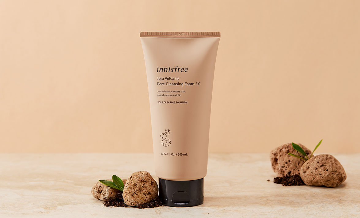 Innisfree - Jeju Volcanic Pore Cleansing Foam