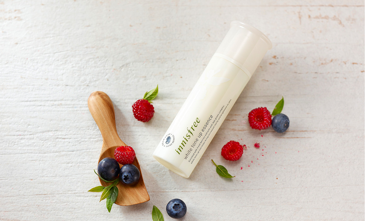 Innisfree - White tone up essence
