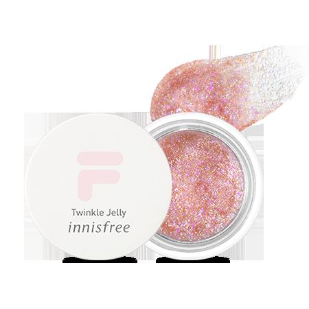 Innisfree x FILA绝对是史上最强,各显长处的联名系列!精致迷人的彩妆品和清新又充满活力的运动用品都给小编来一份吧!