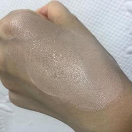 세미매트한 피부표현